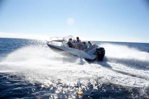 La réservation du bateau Quicksilver! activ-675-sundeck-1-ac1-300x199
